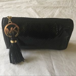 MICHEAL KORS Black Leather gold logo cosmetic bag
